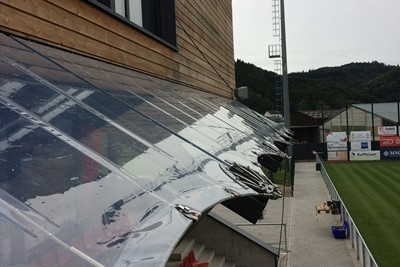 ETFE Luxembourg auvent 1.jpg